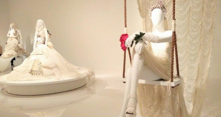 « Love Is Love » de Jean Paul Gaultier | Un mariage grandeur nature