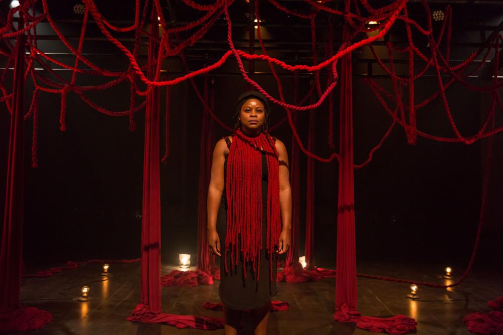 Tatiana dans Qui veut la peau d'Antigone?